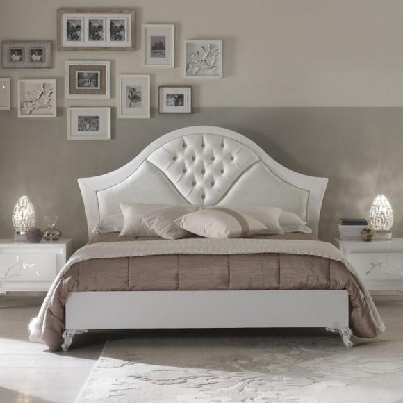 Двуспальная кровать Batista
